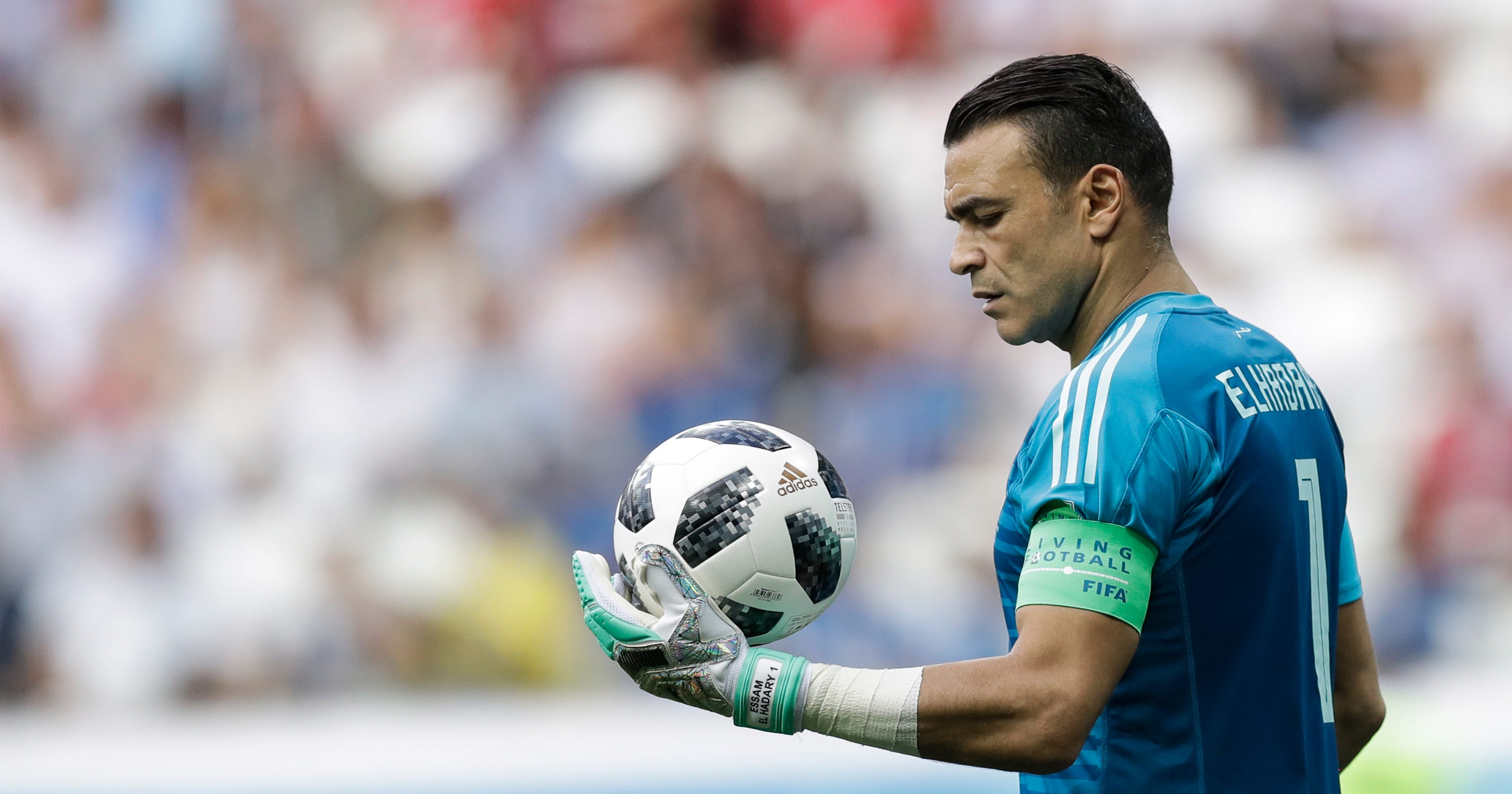 egypt goalkeeper el hadary becomes world cup s oldest player