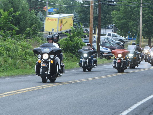 Cuomo's breast cancer motorcycle ride