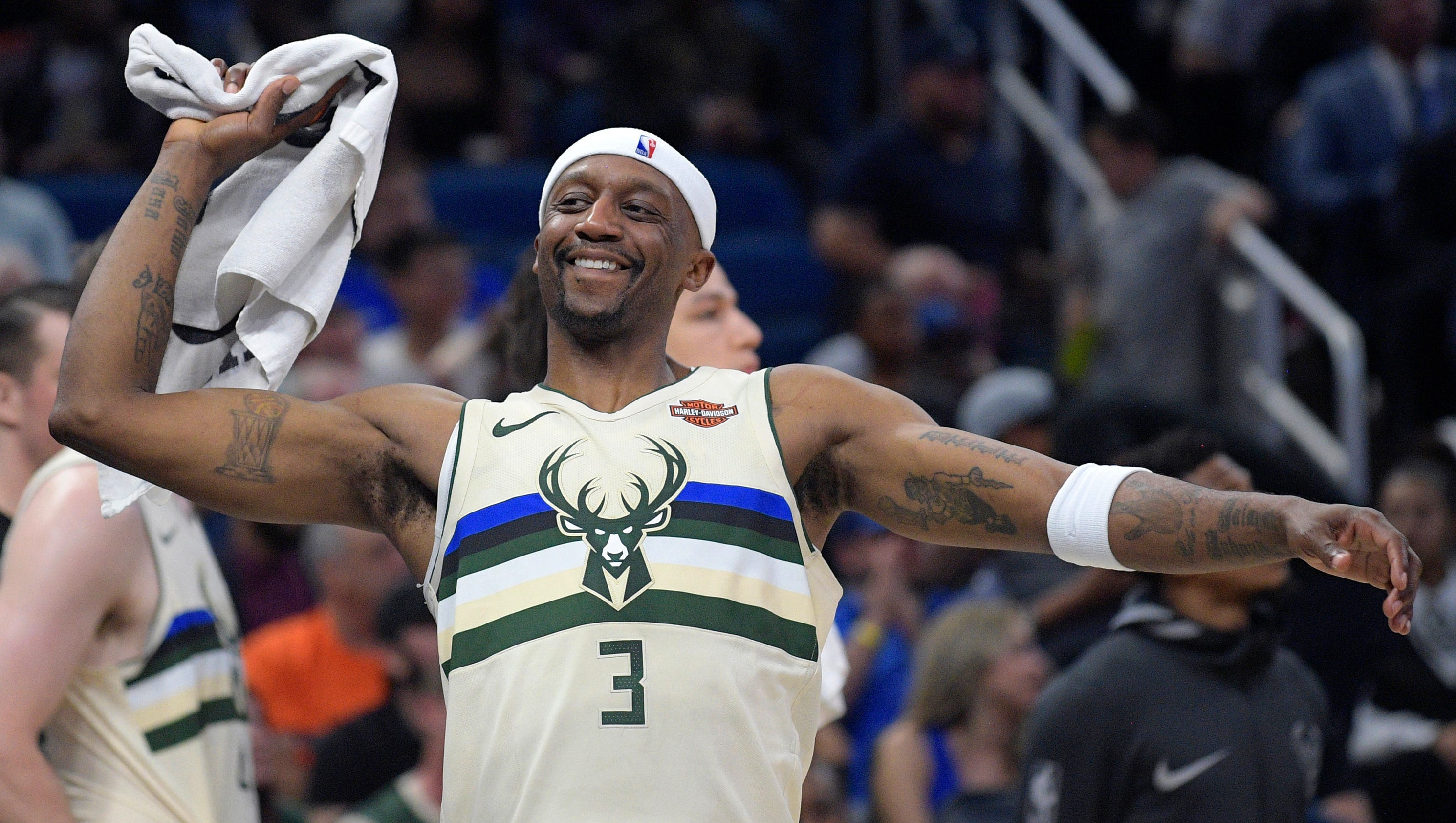 636550836962825827-ap-bucks-terry-time-basketball