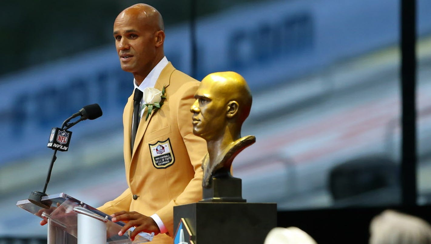 636375624014342927-usp-nfl-pro-football-hall-of-fame-enshrinement-92861589