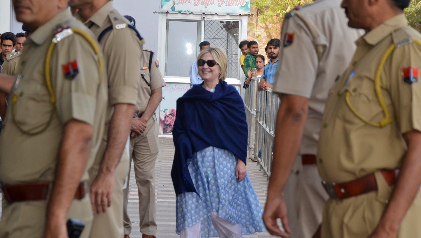Hillary Clinton fractures wrist in India fall: reports