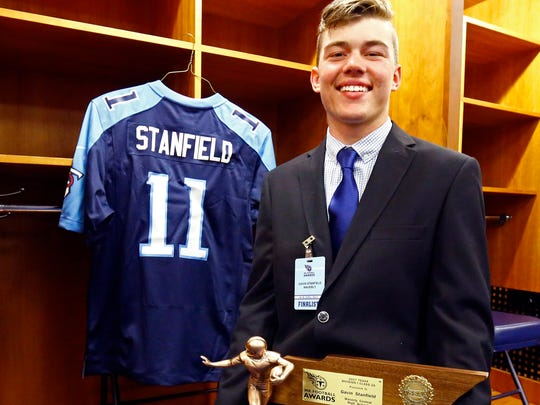Waverly Central quarterback Gavin Stanfield