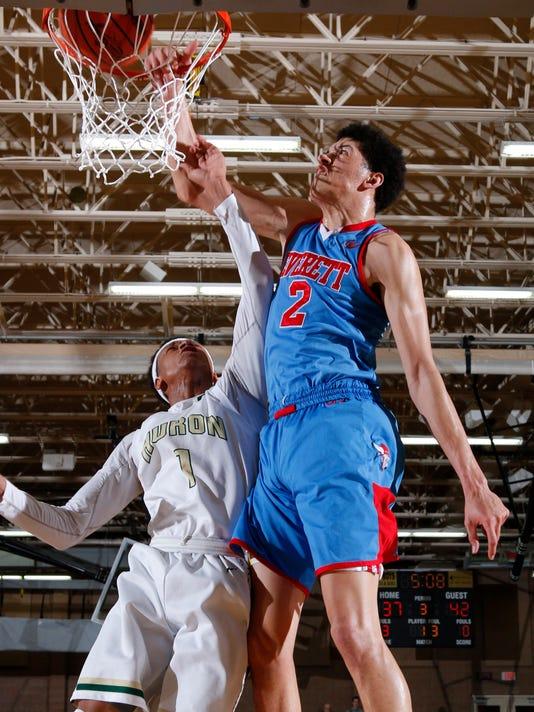 Lansing Everett vs Ann Arbor Huron Boys Basketball Regional