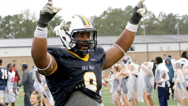 Mississippi Gulf Coast Community College defensive end Isaiah Buggs puts Auburn among his top four finalists. Buggs is the nation's highest ranked junior college prospect.