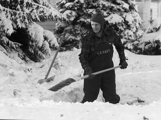snowblower - (muncie) for Sale in Muncie, Indiana ...  Muncie Snow