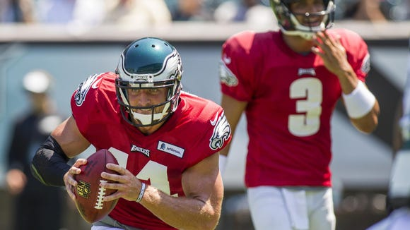 Eagles quarterback Tim Tebow (No. 11) practices at Lincoln Financial Field during training camp on Tuesday afternoon.