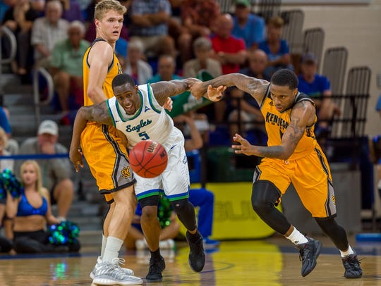 To stay unbeaten in ASUN play, Zach Johnson and his