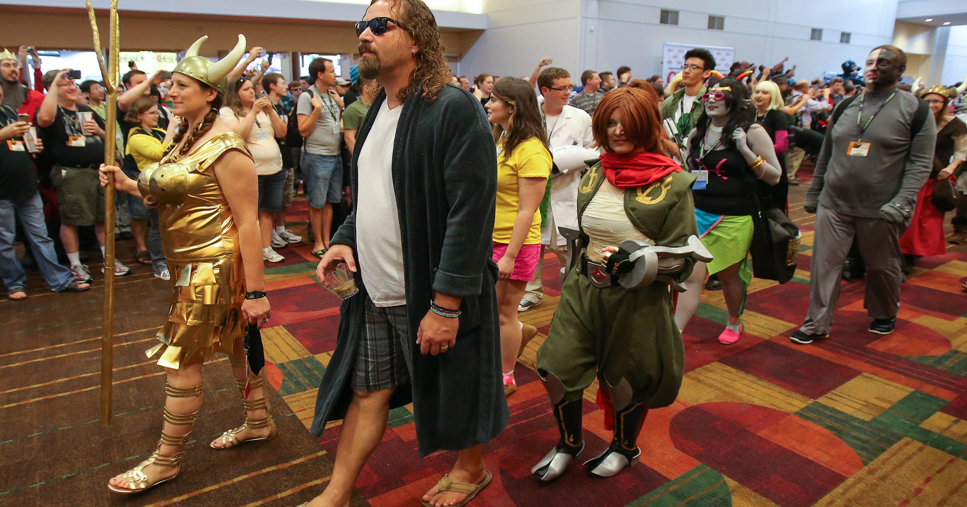 Gen Con threatens to move convention if Gov  Mike Pence