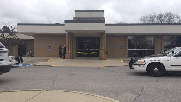 Des Moines Police are investigating a robbery at the Wells Fargo bank at 4505 Douglas Ave. in Des Moines.