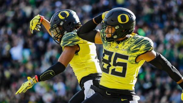 Oregon tight end Pharaoh Brown (85), celebrates his touchdown in the first quarter against Arizona State in an NCAA college football game Saturday, Oct. 29, 2016 in Eugene, Ore. (AP Photo/Thomas Boyd)