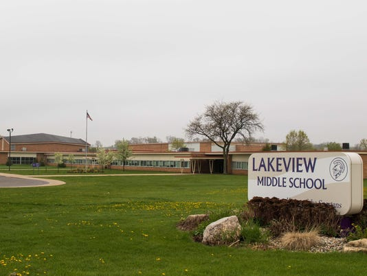635975358423915926-lakeview.jpg