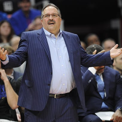 Pistons' Van Gundy hit with $15K fine for blasting officials