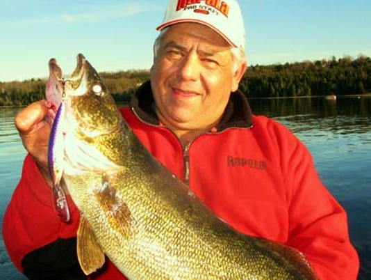 636444626043906146-Walleye-TP-Quite.jpg