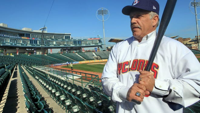 Wally Backman will be managing in Mexico this year.