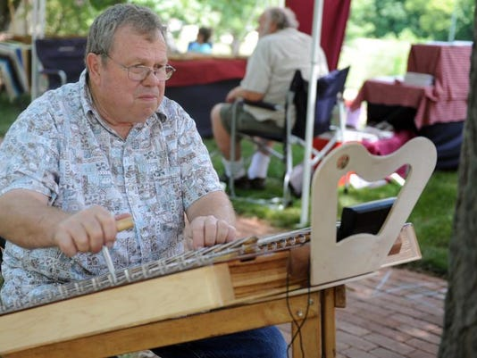 cos 0612 dulcimer days preview.jpg