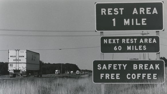 Sign on eastbound I-44 in 1986