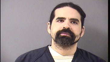 Police: Man pushed St. Cloud woman over balcony
