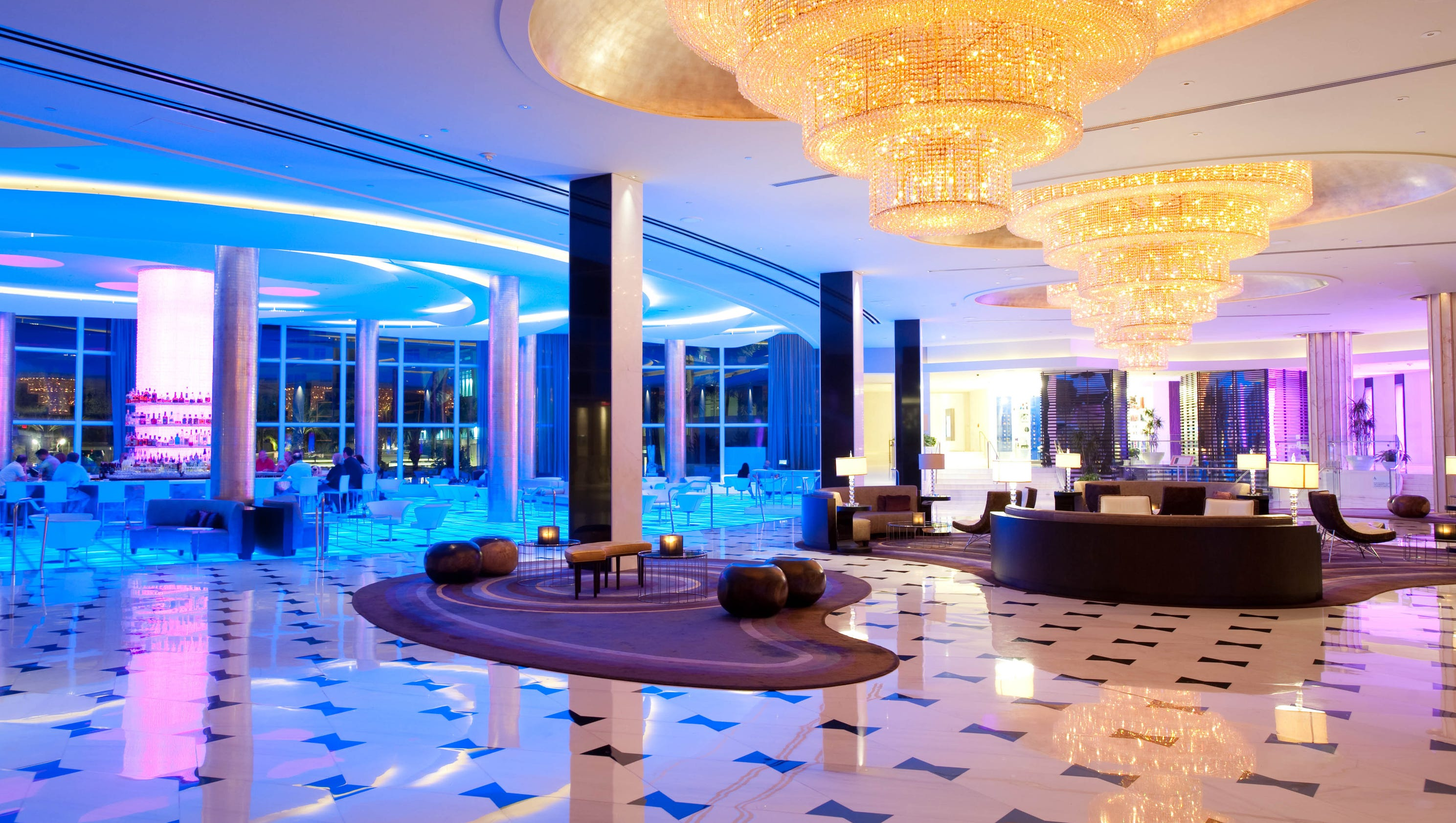 Nine hotels where bold design will enhance your stay for Boutique hotel fontainebleau