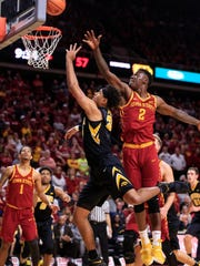 Iowa Hawkeyes forward Cordell Pemsl (35) puts up a