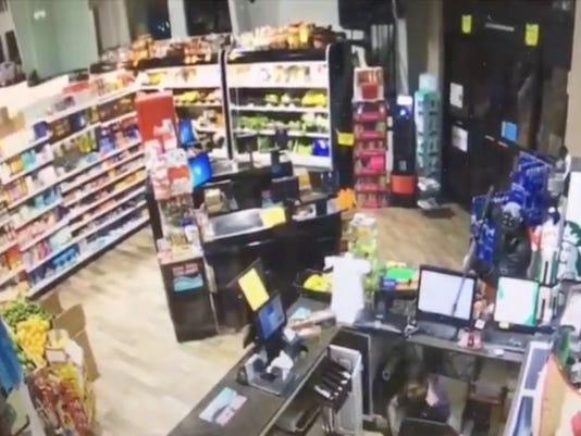 Robberyat7FoodMartNaples.JPG