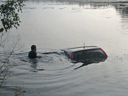 636398705466718078-Water-Rescue-9-1-17.jpg
