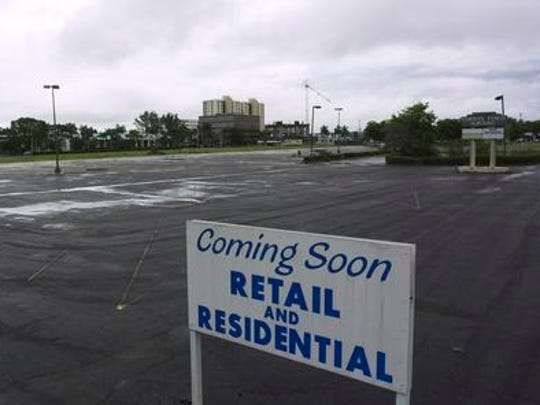 The parking lot of the Edison Ford Square sits mostly empty in June 2005. The former shopping center was demolished in late 2003.