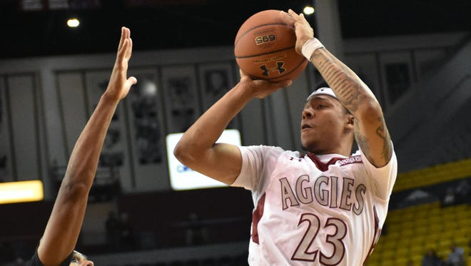 Zach Lofton and the New Mexico State Aggies begin Western Athletic Conference play Saturday at Chicago State.