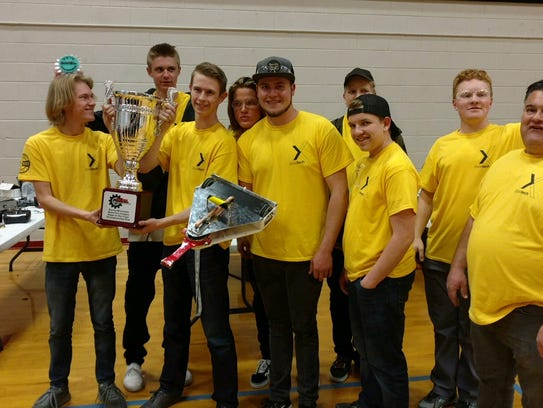 Dixie Technical College's pre-engineering students
