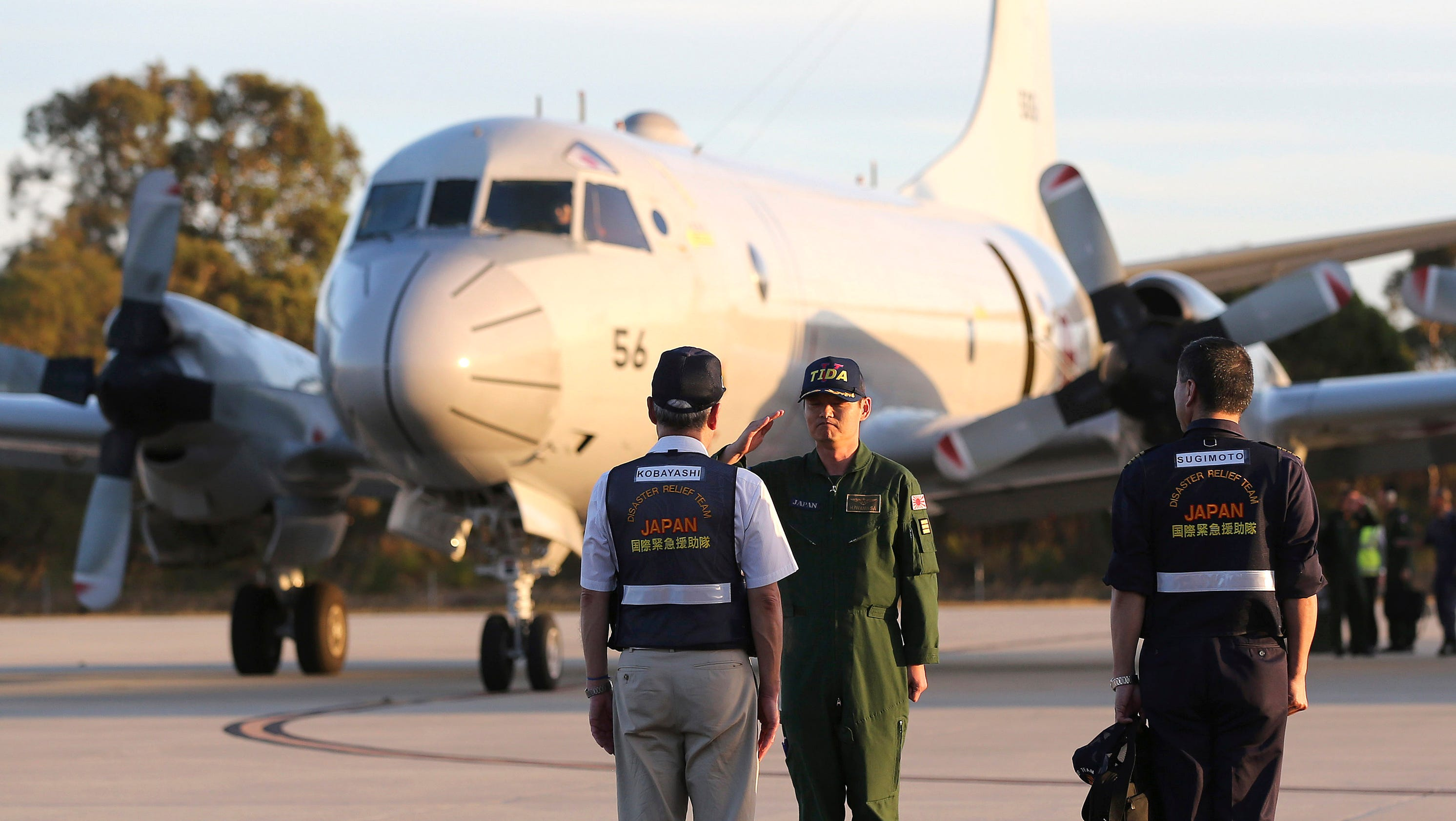 Search Planes Resume Hunt For Malaysian Plane Off Perth