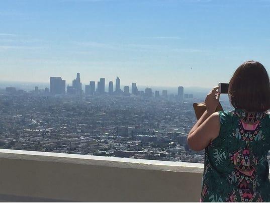 636580070449131229-generic-LA-skyline-art.jpg