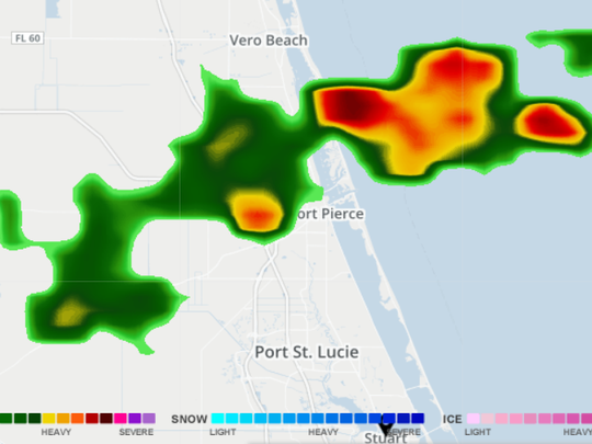 Radar shows storms moving in south of Vero Beach about
