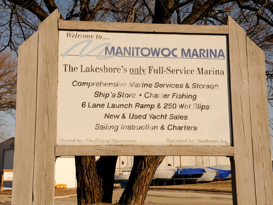 Manitowoc Marina big sign