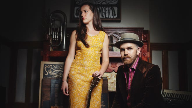 Singer-songwriter duo Robinson & Rohe is in concert with optional dinner Jan. 31 as White Gull Inn in Fish Creek,