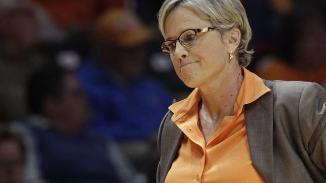 Tennessee Lady Vols coach Holly Warlick