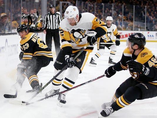 Penguins_Bruins_Hockey_73709.jpg