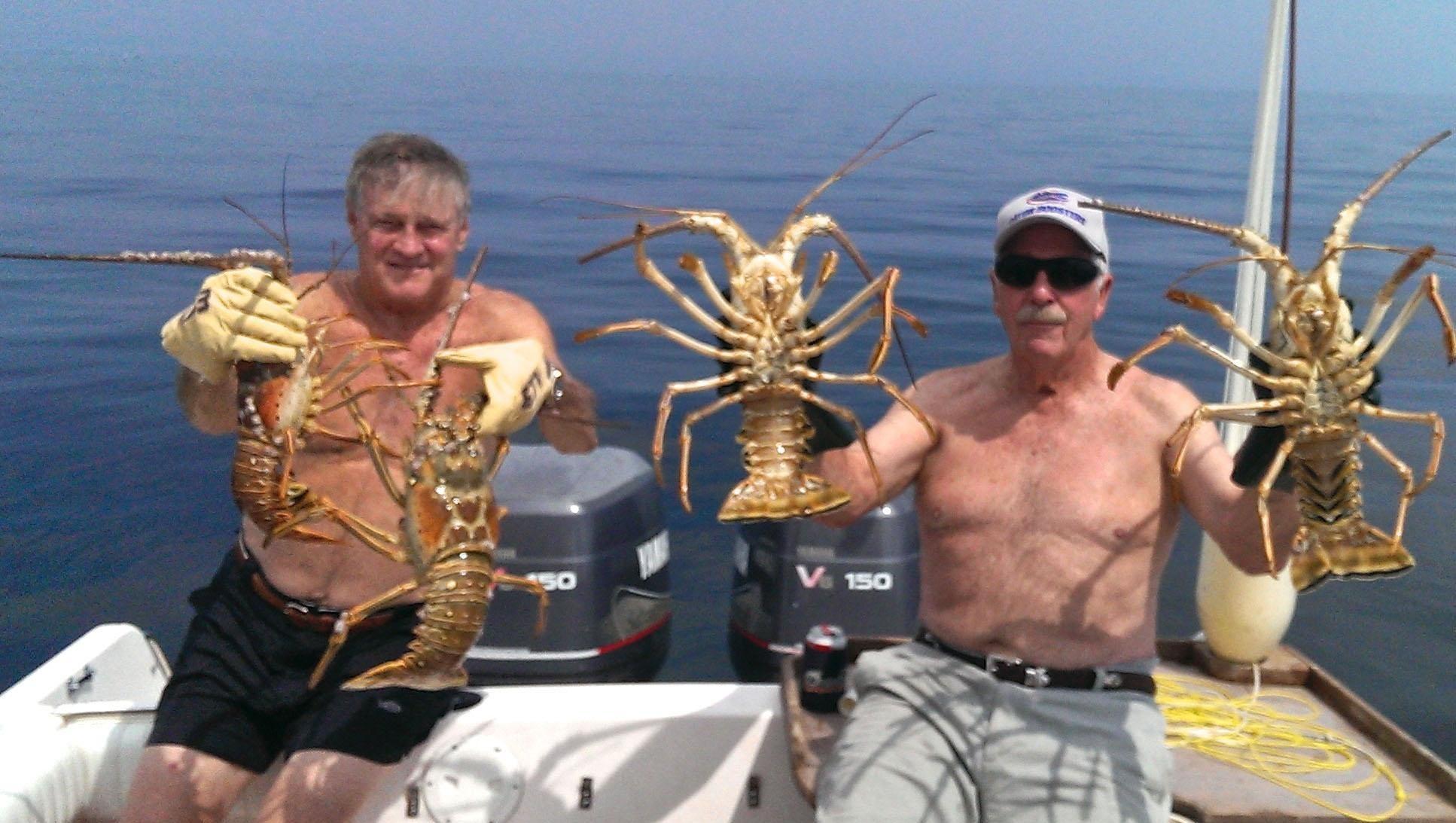 boats mean it's spiny lobster season