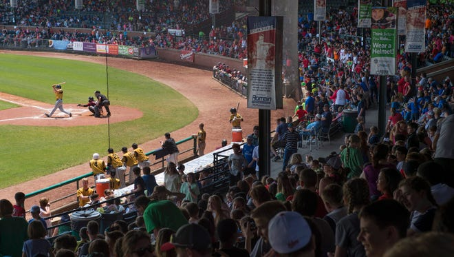More than 5,200 young fans showed up at Bosse Field for the exhibition game between the defending Frontier League Champion Evansville Otters Wednesday morning.