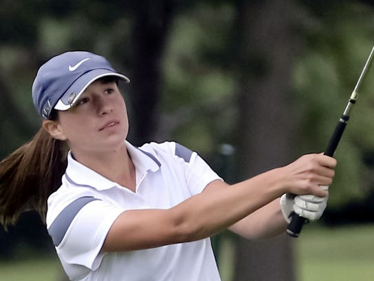2015 state qualifier Katie Gastrau returns to lead