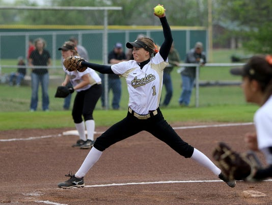 Petrolia comes back to defeat Archer City softball