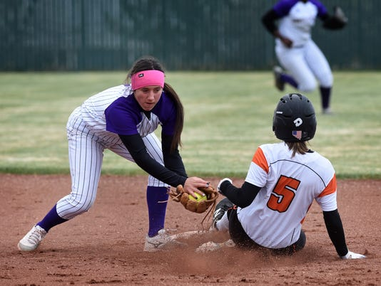 636597711684953401-Spanish-Springs-Softball-1.jpg