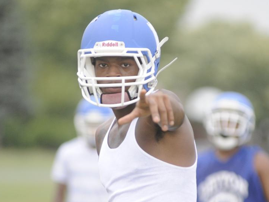 Iowa State recruit Joseph Scates lines up during a