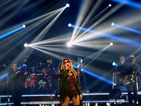 Shania Twain performs in concert July 31, 2015, at