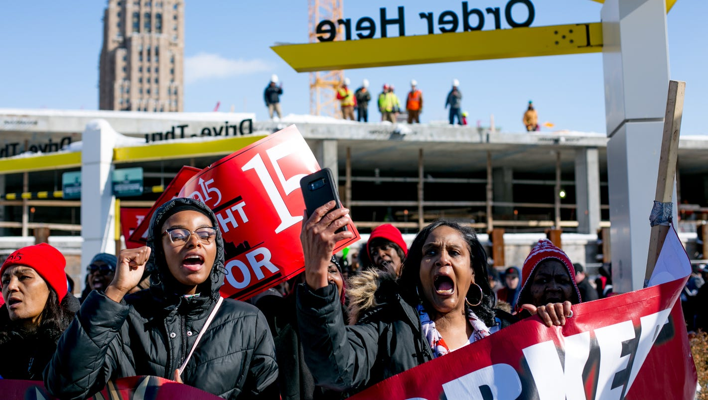 Detroit workers rally for higher minimum wage