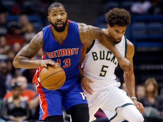 635801664277128173-AP-Pistons-Bucks-Basketball-