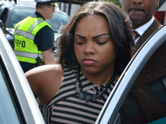 2013-09-27-shayanna-jenkins-indicted