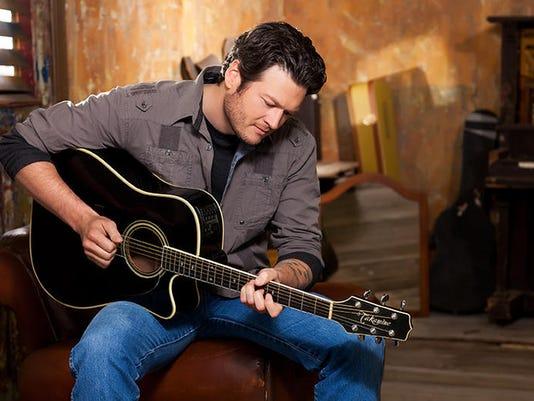 Blake Shelton 2.jpg