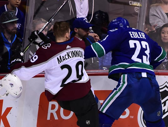 USP NHL: COLORADO AVALANCHE AT VANCOUVER CANUCKS S HKN VAN COL CAN BR
