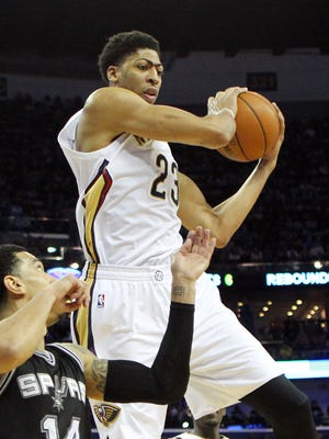Anthony Davis had 22 points, 12 rebounds and five blocks for the Pelicans.