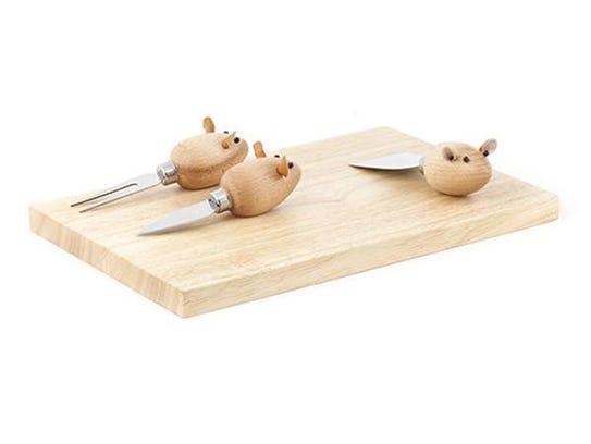 Cheese board with mice.