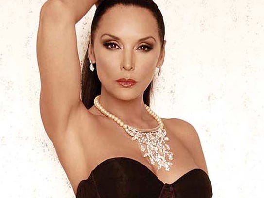 <b>Mayra Rojas</b> - 635792968248132491-DE-VOZ-Mayra-Rojas
